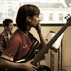Bass Lessons Cork | The Academy Of Popular Music